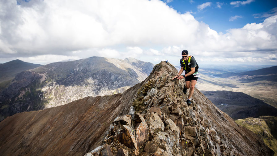 Montane-athlete-Galen-Reynolds-tackles-Crib-Goch-on-his-way-to-winning-the-2019-Dragon's-Back-Race---copyright-No-Limits-Photography
